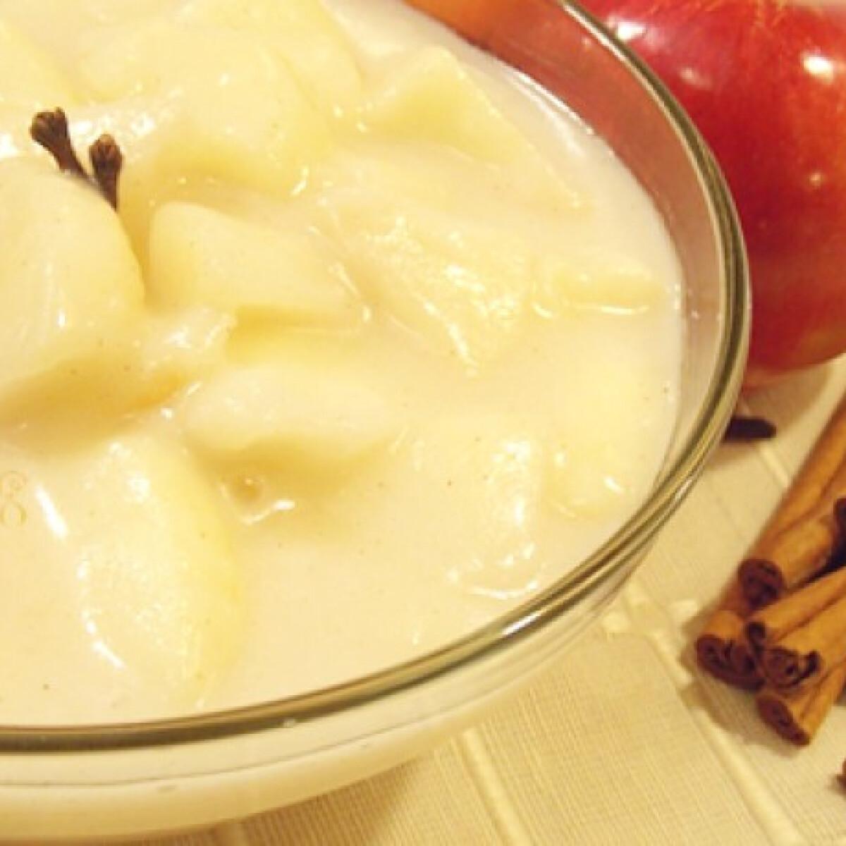 Ezen a képen: Fűszeres almaszósz nyírfacukorral
