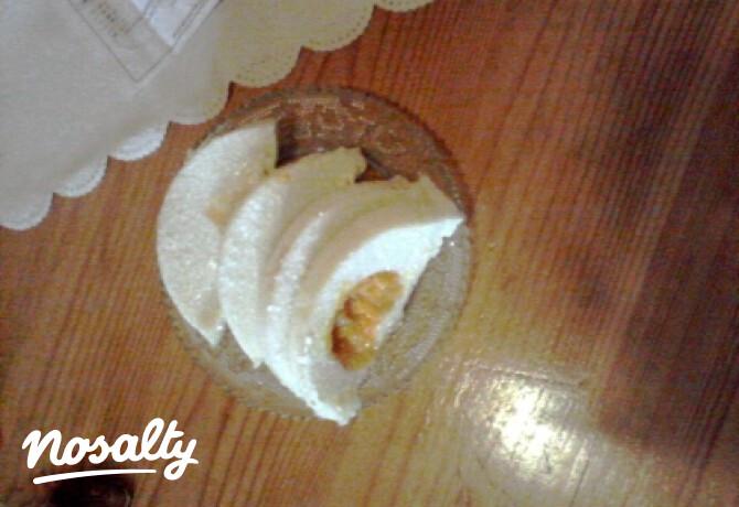 Ezen a képen: Őzgerincben készült túrós süti