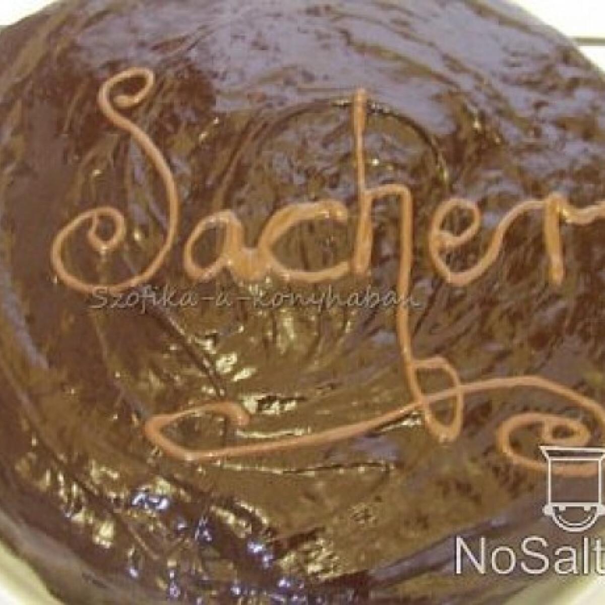 Ezen a képen: Sacher torta - Szofikától