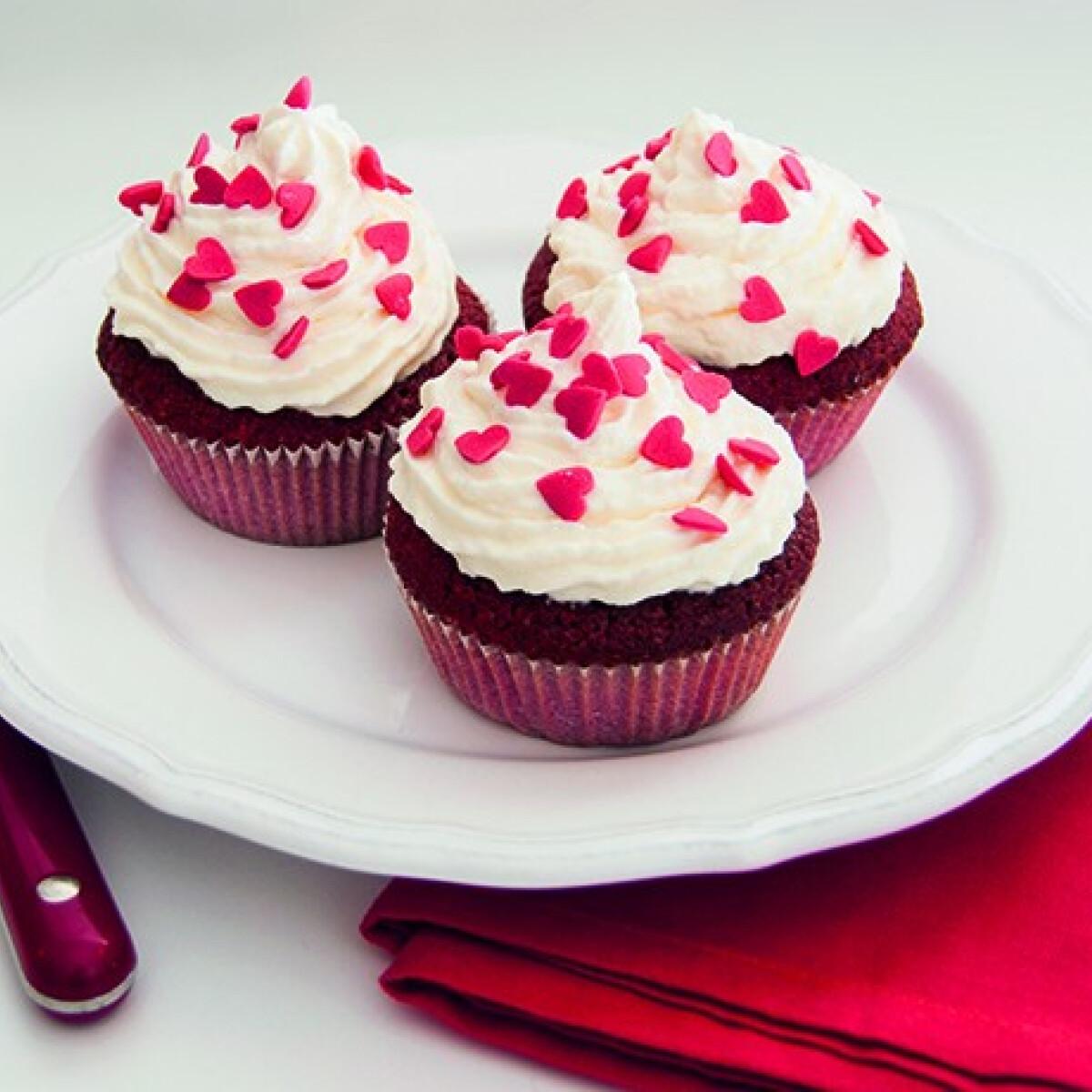 Ezen a képen: Red velvet cupcake Annától