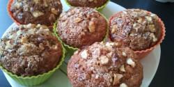 Almás-fahéjas muffin diómorzsával