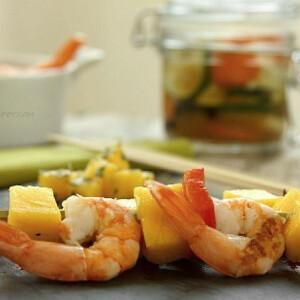 Marinált zöldségek mangós garnélanyárshoz