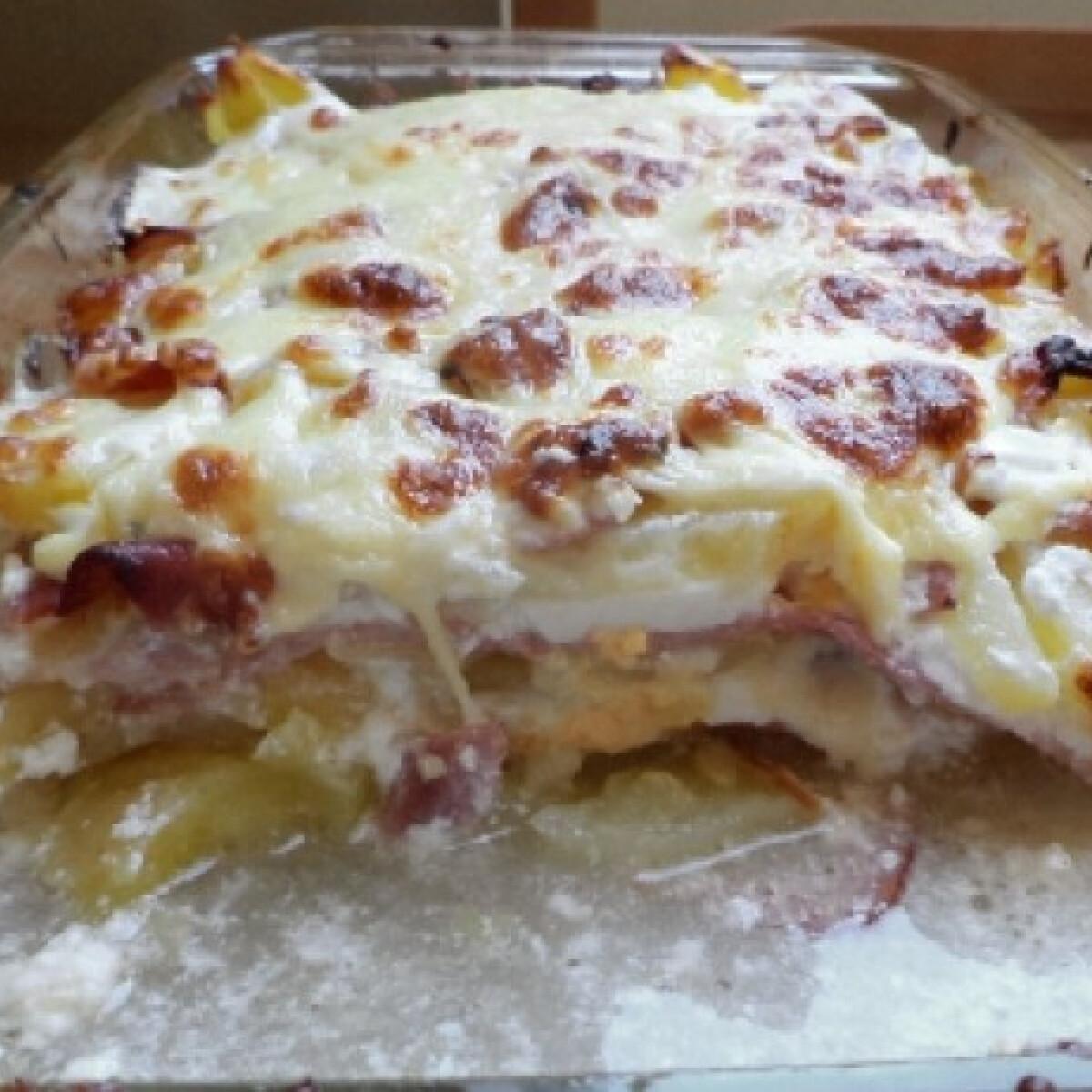 Ezen a képen: Rakott krumpli BackerMan konyhájából