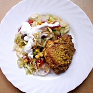 Tandoori csirke joghurtos nyári salátával