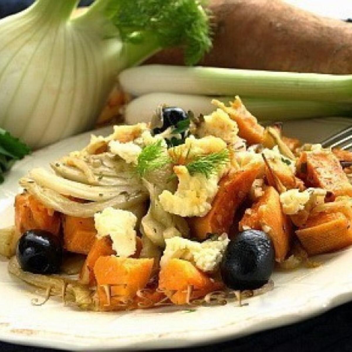Ezen a képen: Édesköményes édesburgonya fetával és olívával