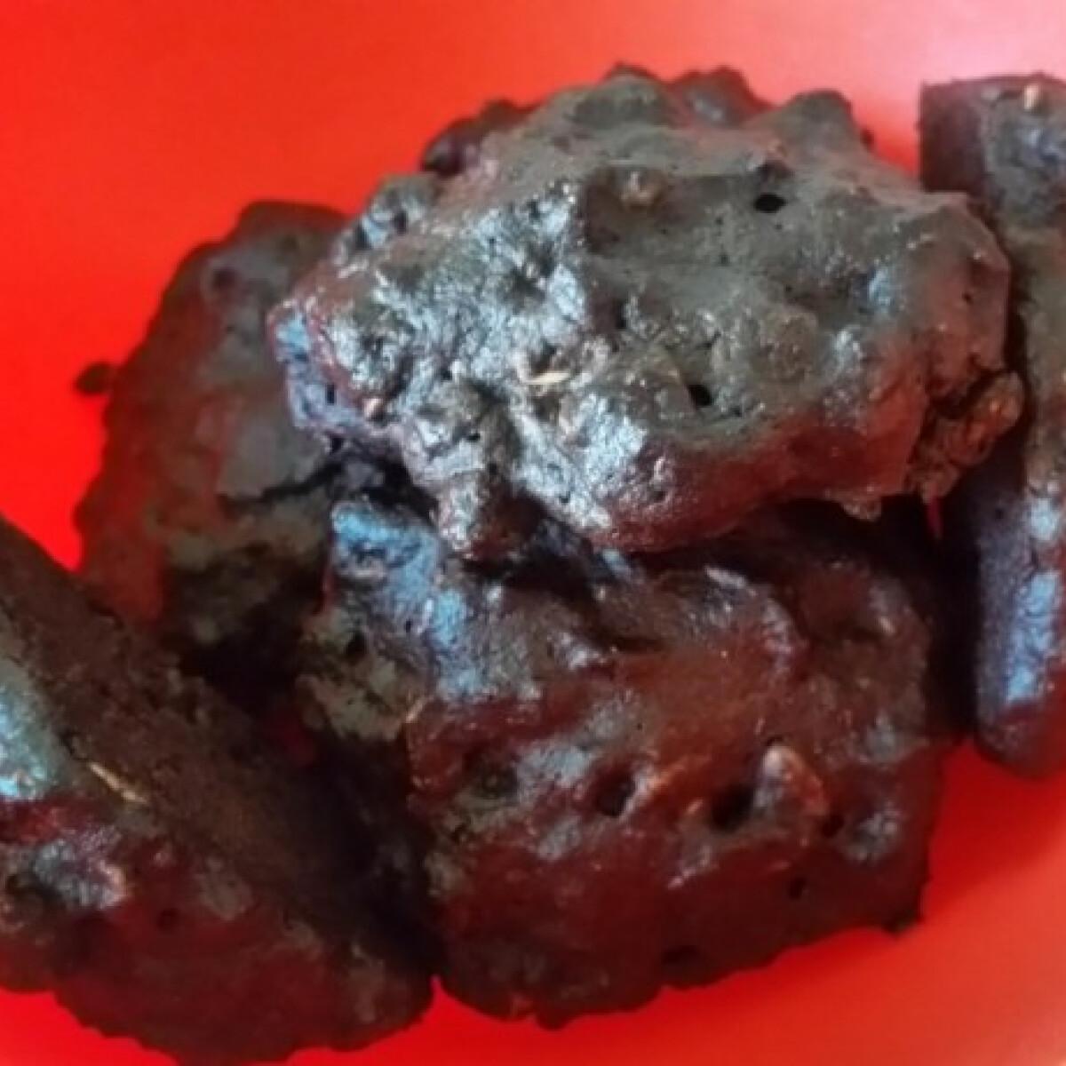 Ezen a képen: Diétás mandulás-kakaós zabkeksz mikróban