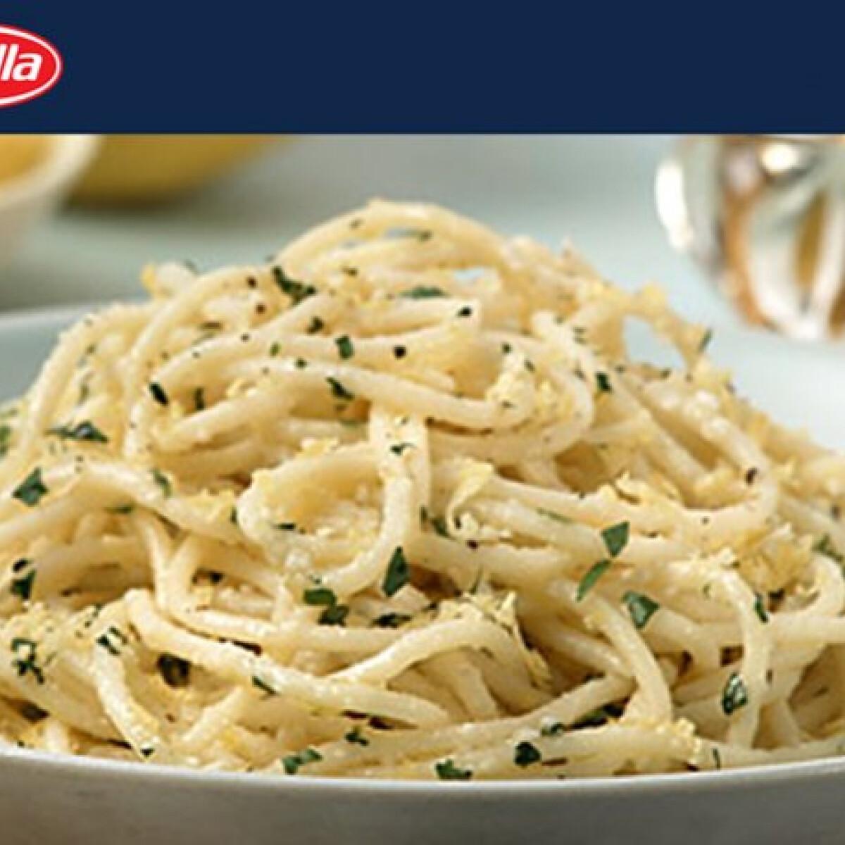 Ezen a képen: Citromos spagetti Barillától