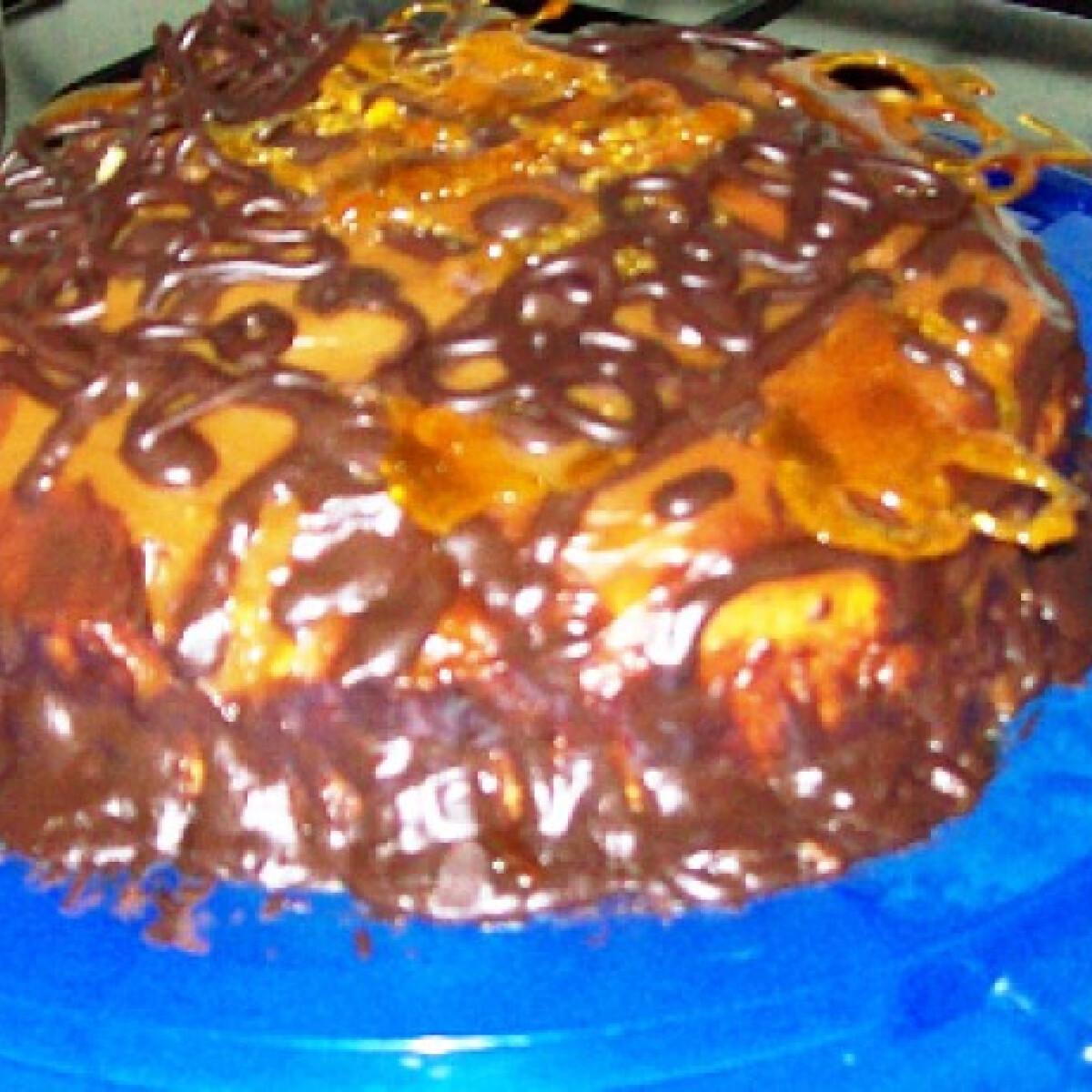 Csokimázas karamellkrém torta