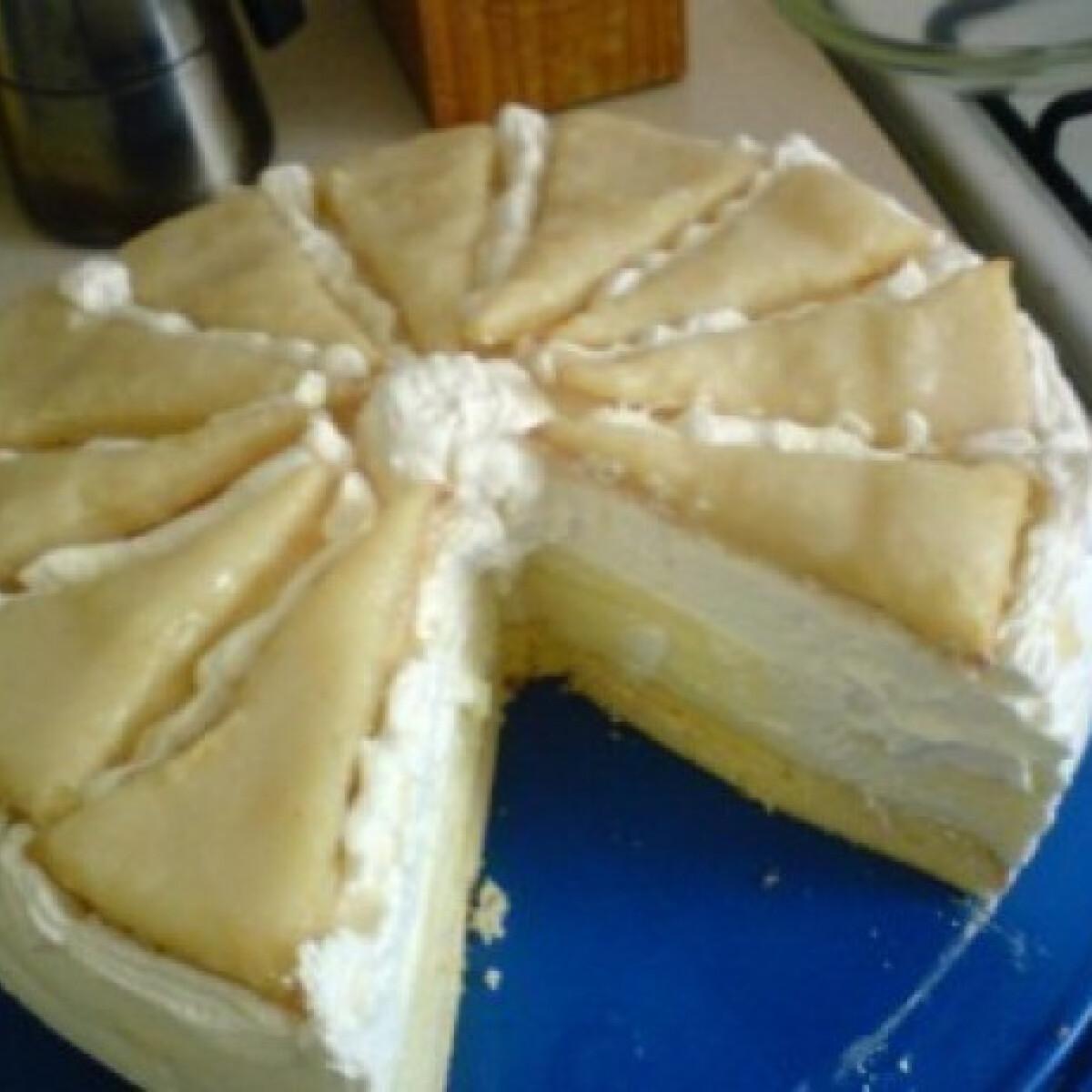 Ezen a képen: Francia krémes torta - Dóra konyhájából