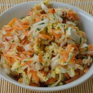 Sárgarépás kínaikel-saláta