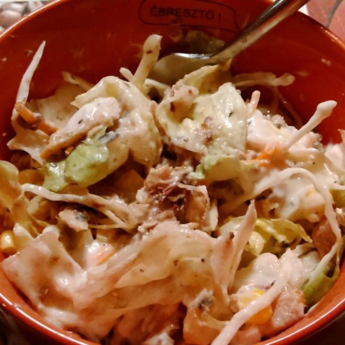 Ezen a képen: Szardínia saláta mokiviki konyhájából