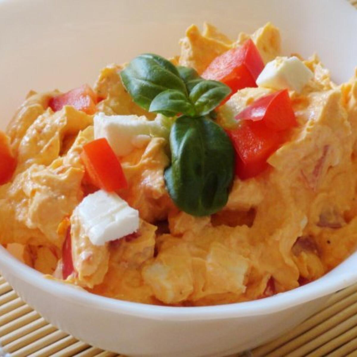 Ezen a képen: Paprikás krémsajt fetával