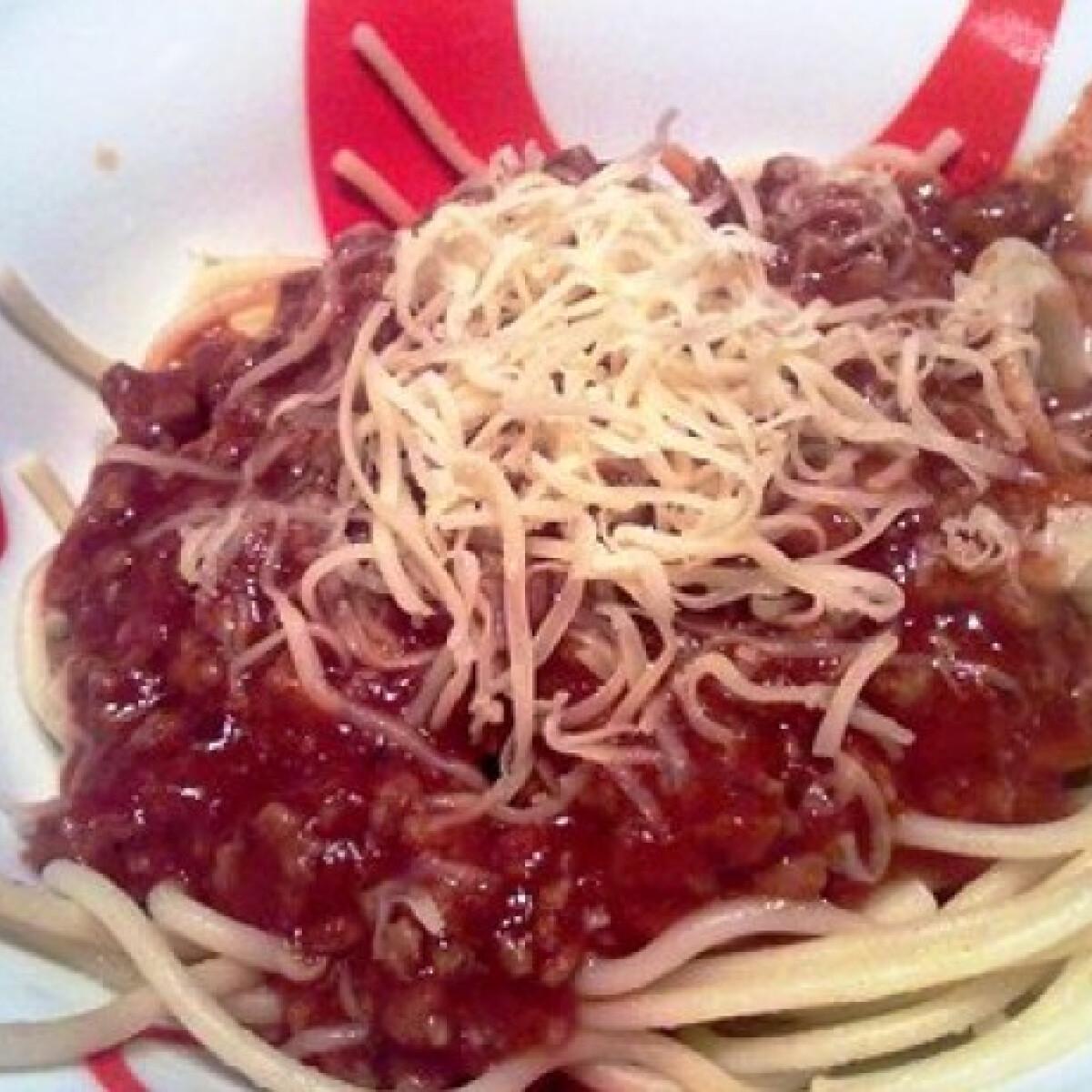 Ezen a képen: Gyors bolognai spagetti Andzsikától