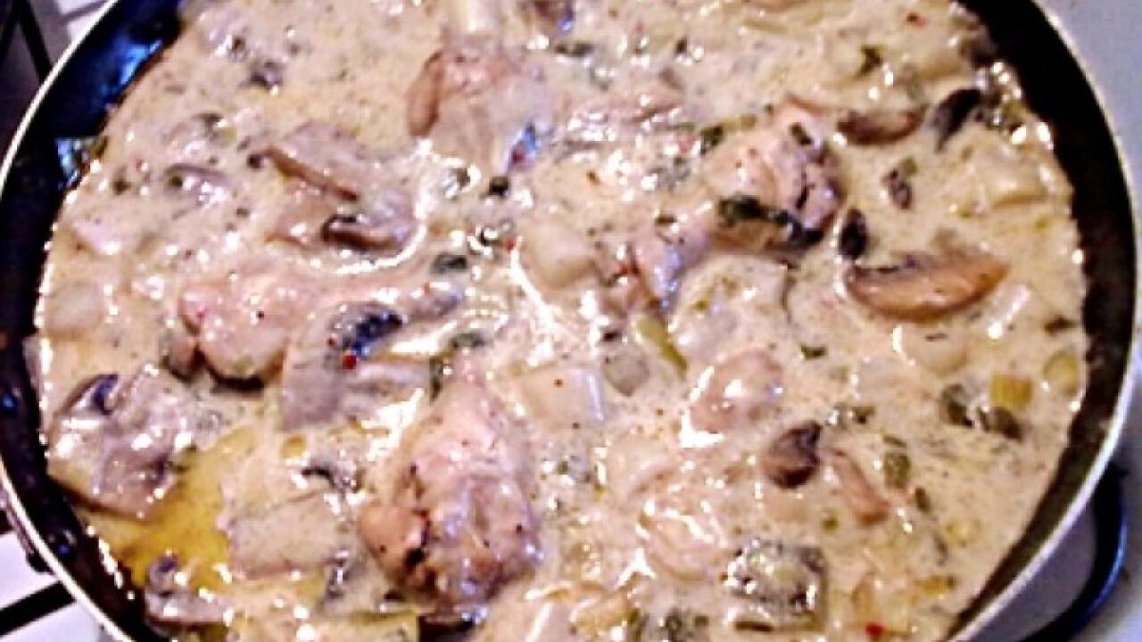 Csirkeszárnyak ínyenc mártásban