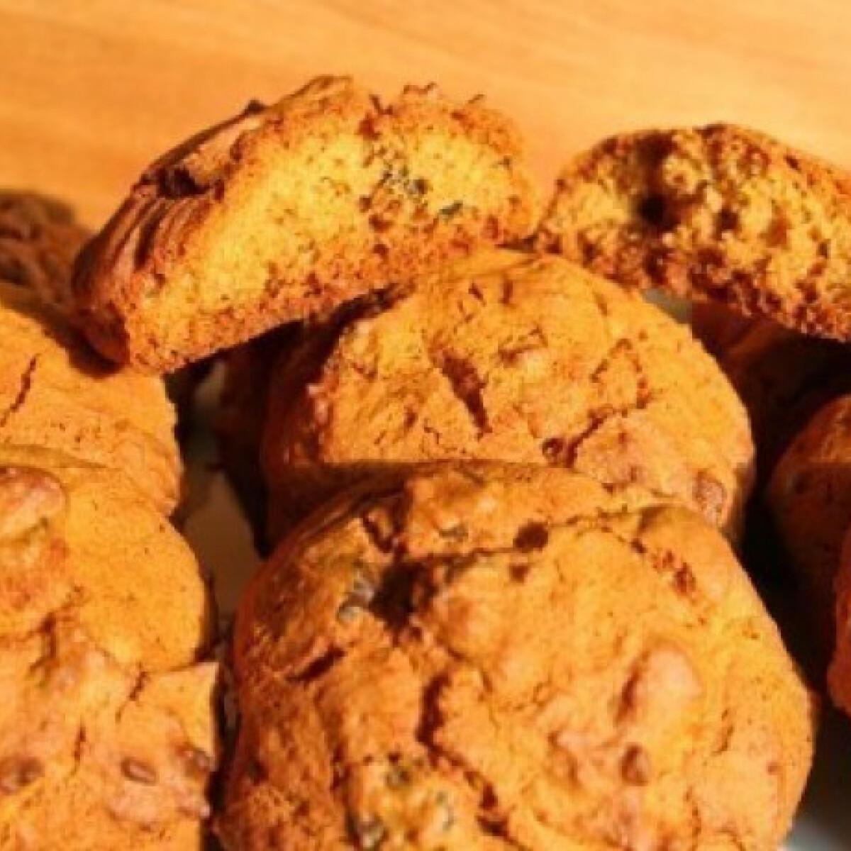 Ezen a képen: Chocolate chips cookies - Kaliforniából