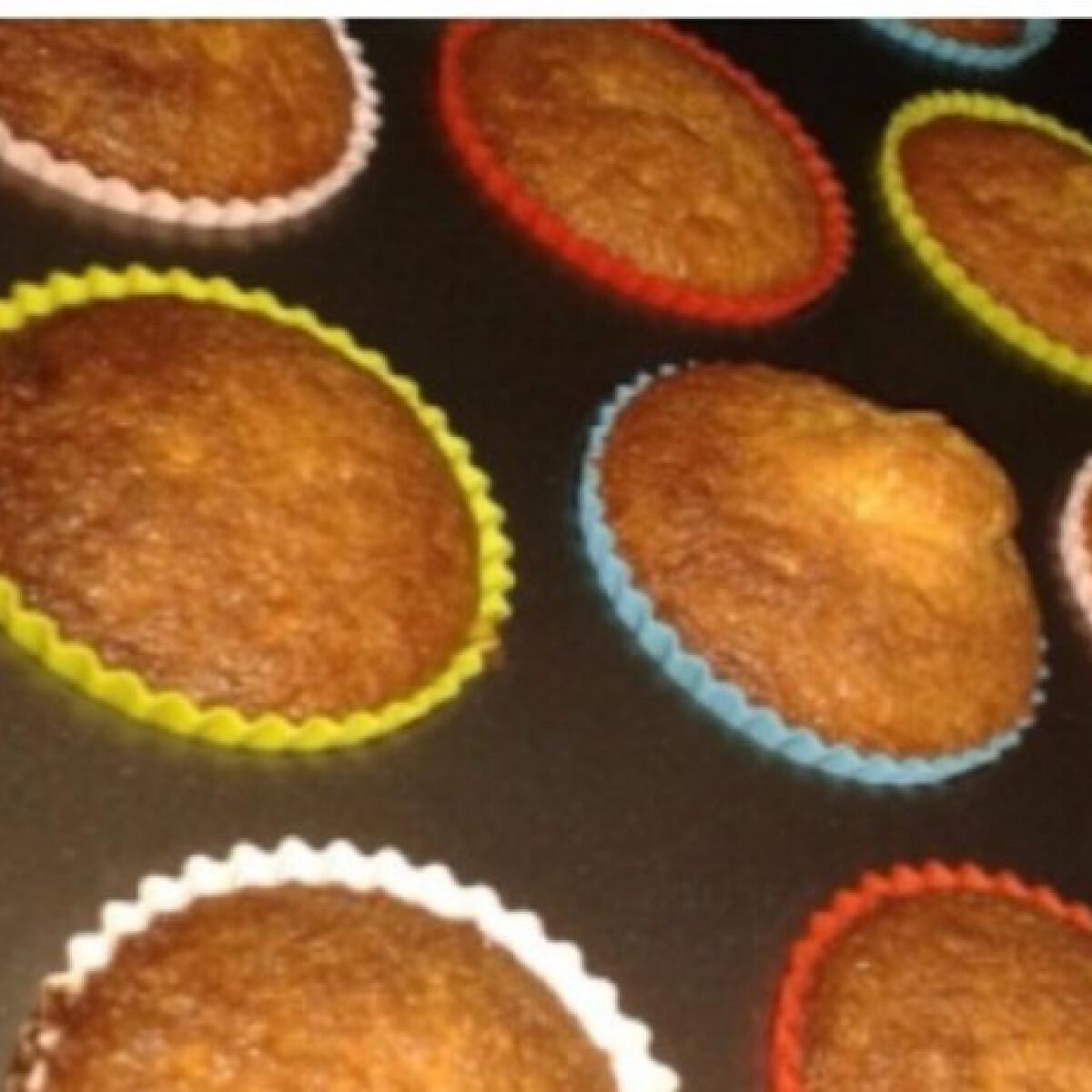 Ezen a képen: Pudingos muffin KittiKrisztina konyhájából