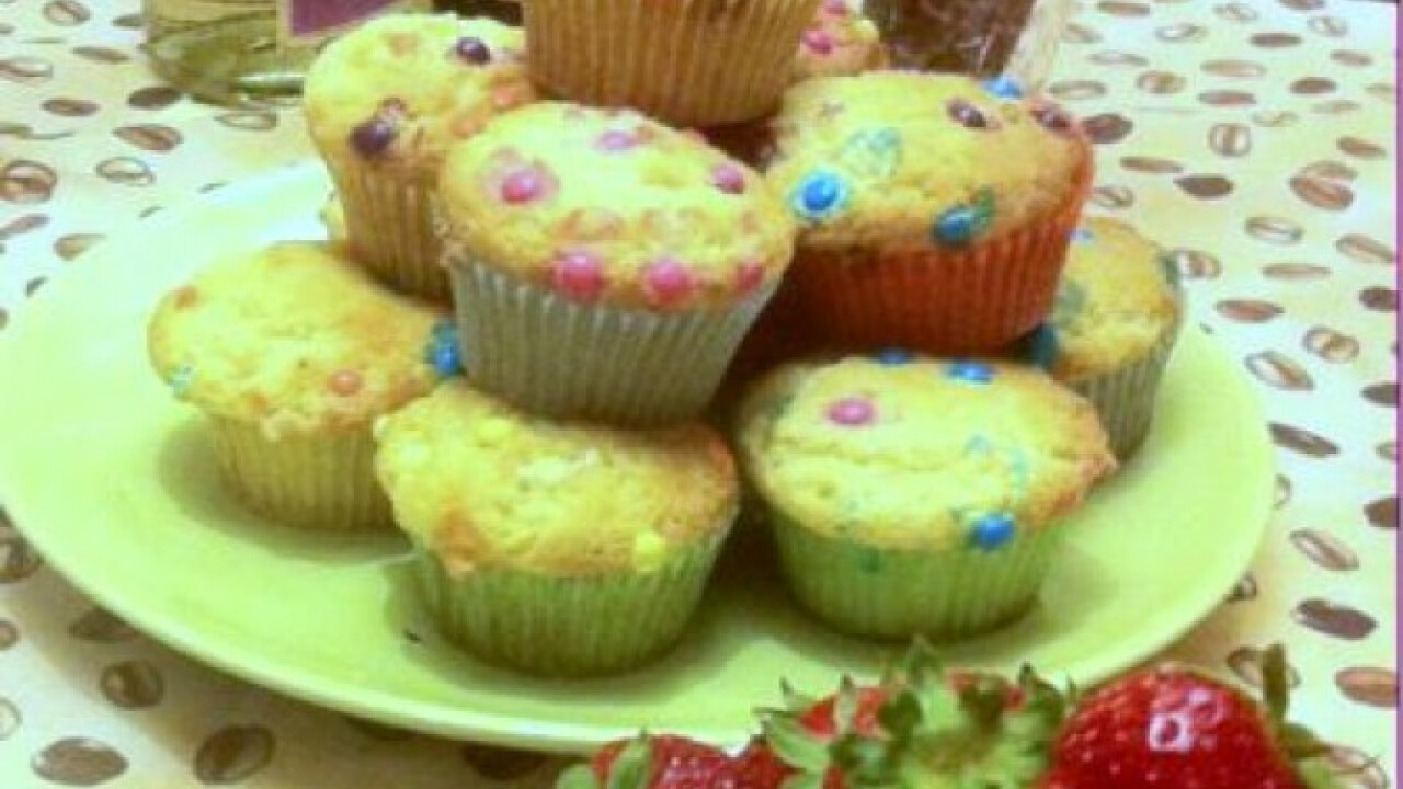 Színes cukorkás muffin