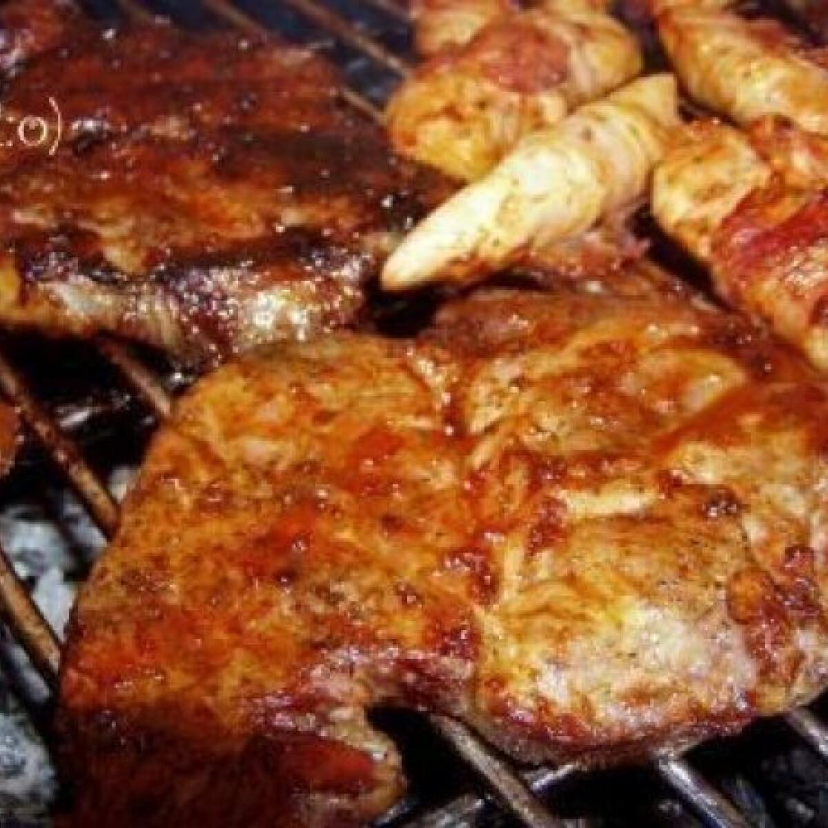 Grillezett sertéstarja csípős kenegetőssel