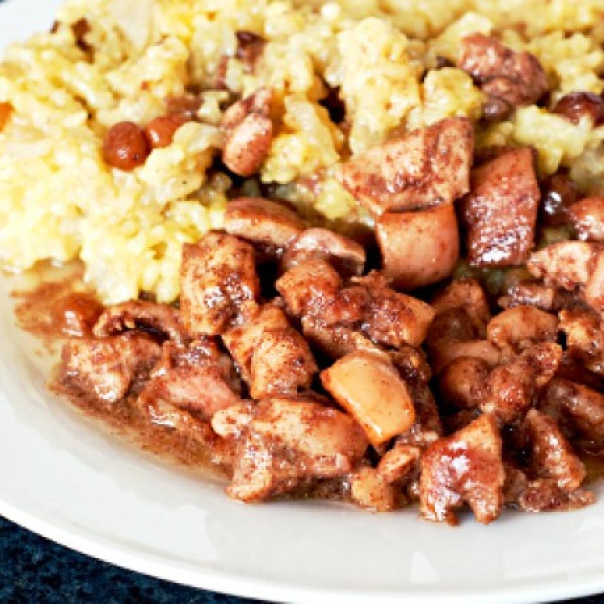 Ezen a képen: Mézes-fahéjas csirke mazsolás rizzsel