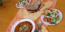 Chilis bab 10. - salátával