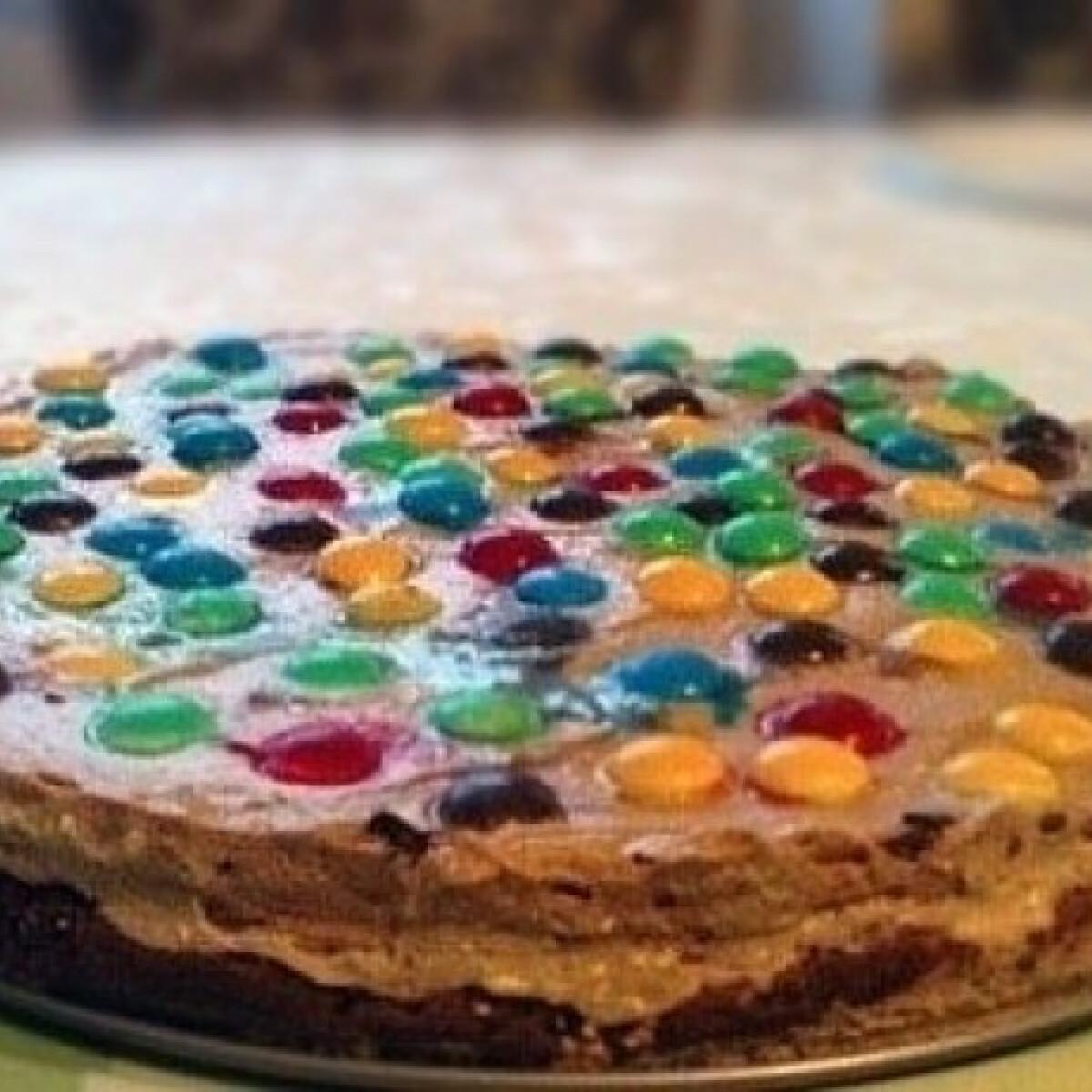 Ezen a képen: Pöttyös torta
