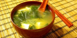 Miso leves tésztával