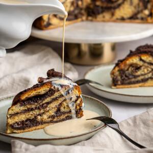 Csokoládés-pekándiós babkatorta krémlikőrös vaníliasodóval
