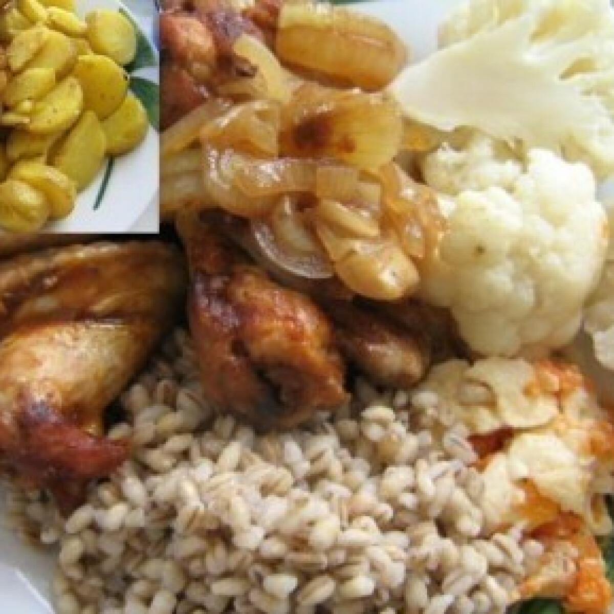 Ezen a képen: Ropogós csirkeszárnyak kétféle körettel