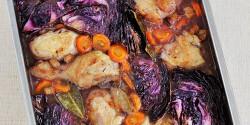 Lilakáposztás-boros csirkecomb