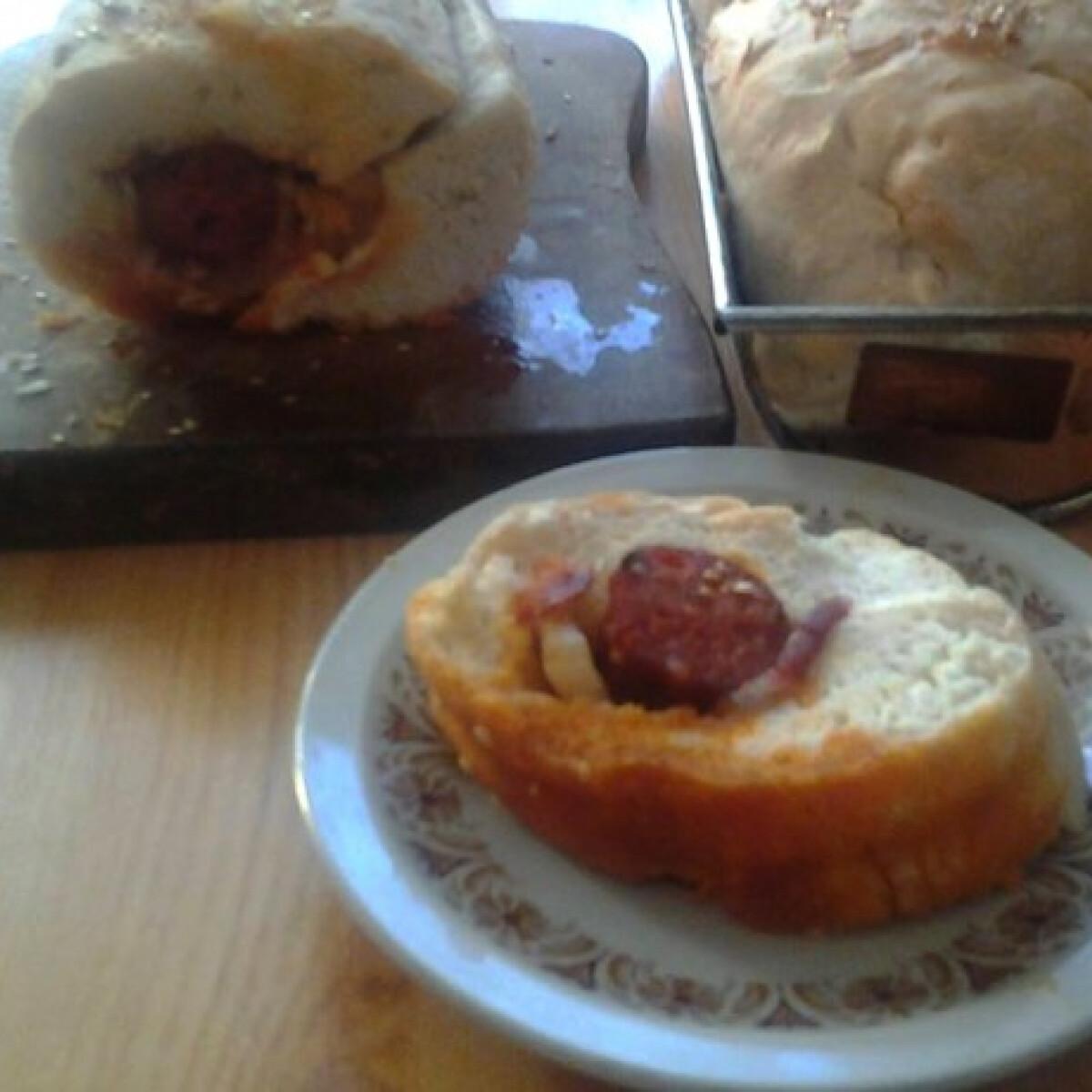 Ezen a képen: Töltött kenyér Icu Mama konyhájából