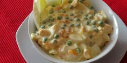 Gyümölcsös tojássaláta curry krémmel
