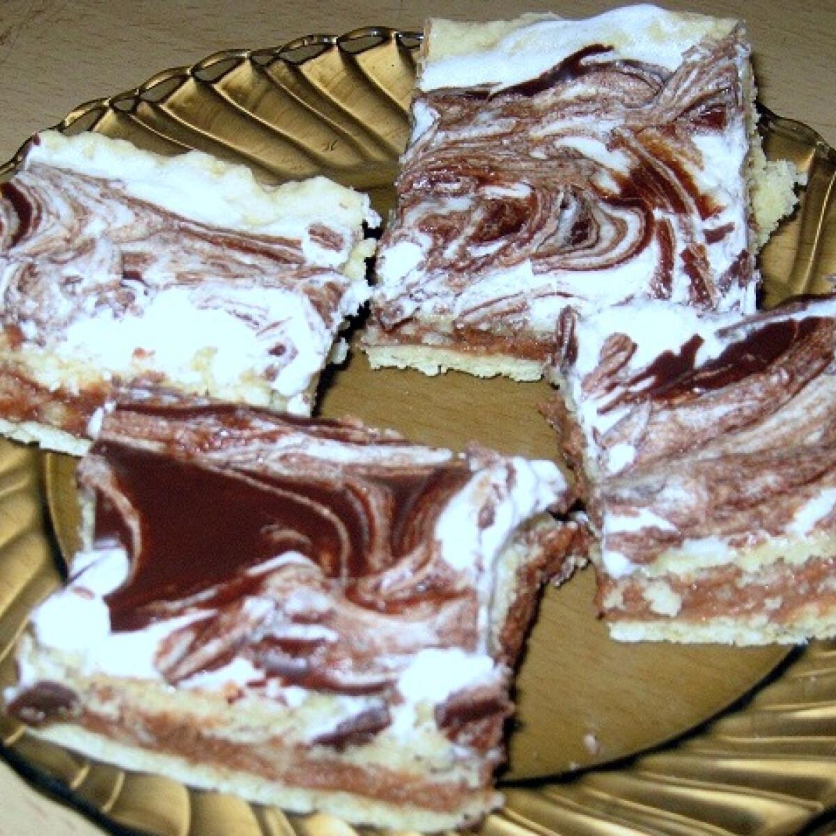 Ezen a képen: Puncsos sütemény Anita konyhájából