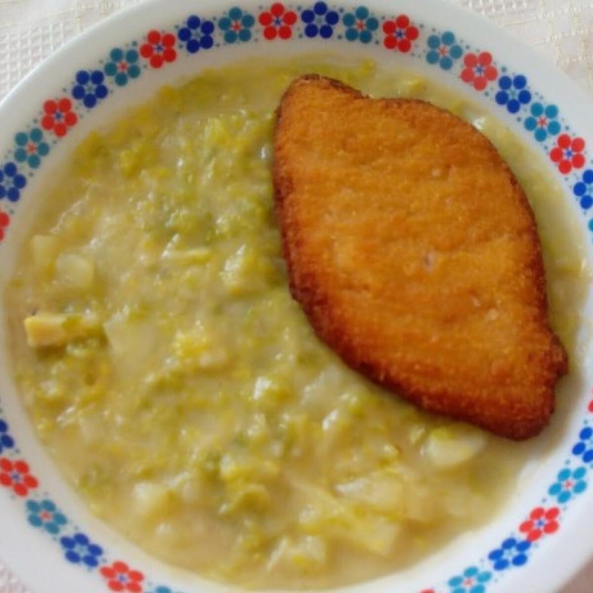 Ezen a képen: Kelkáposzta-főzelék Katrin konyhájából