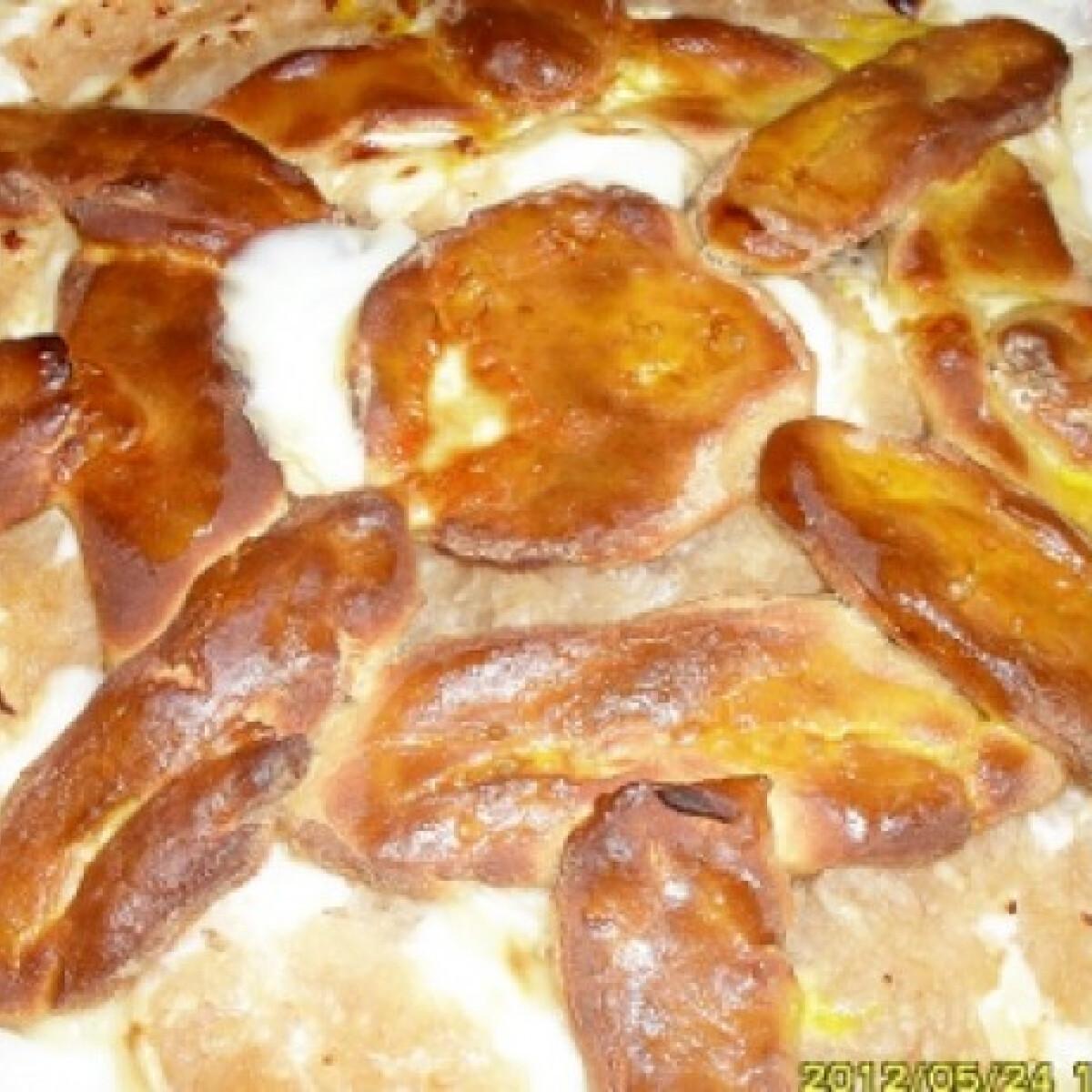 Ezen a képen: Vaníliás-almás pite