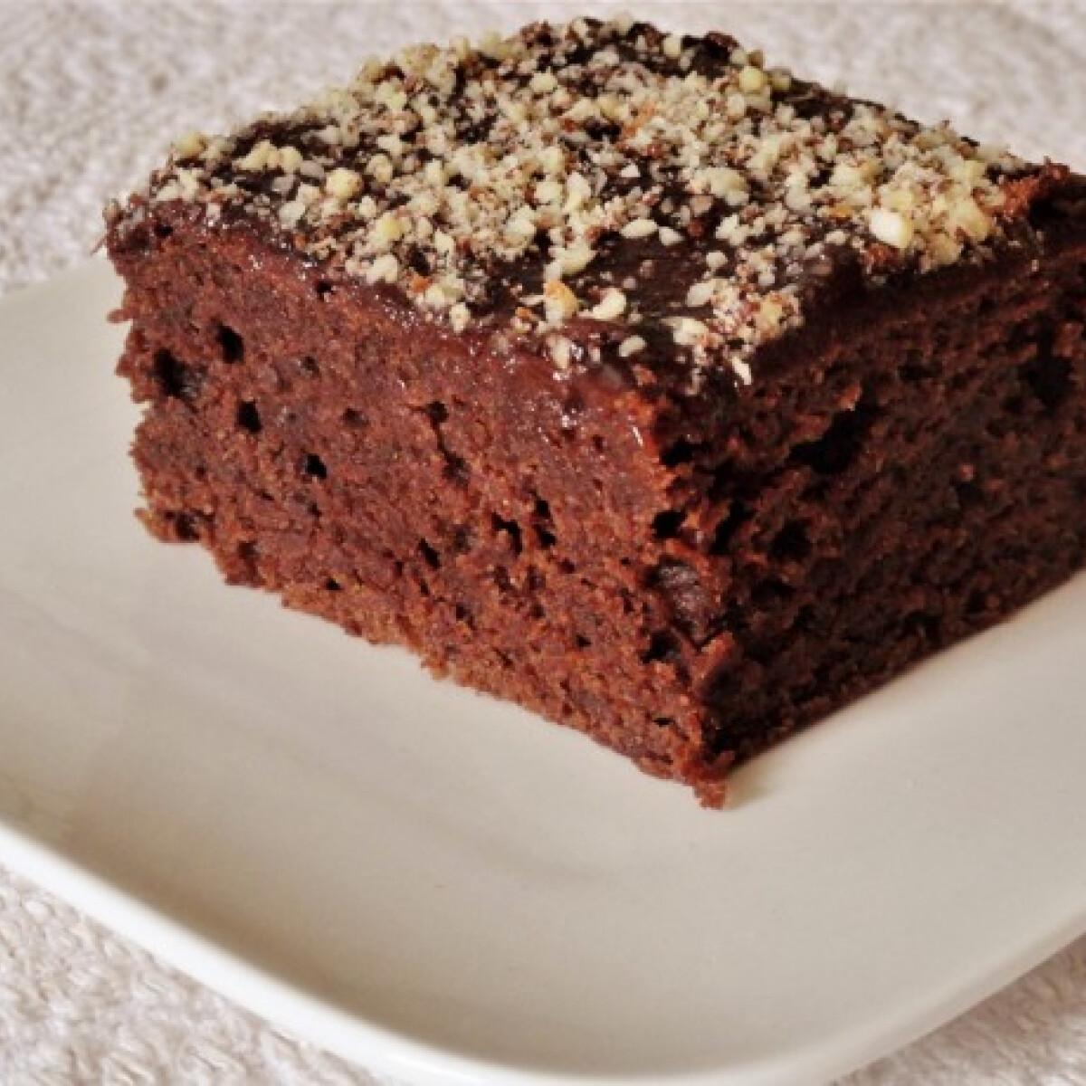 Ezen a képen: Szilvalekváros kevert sütemény