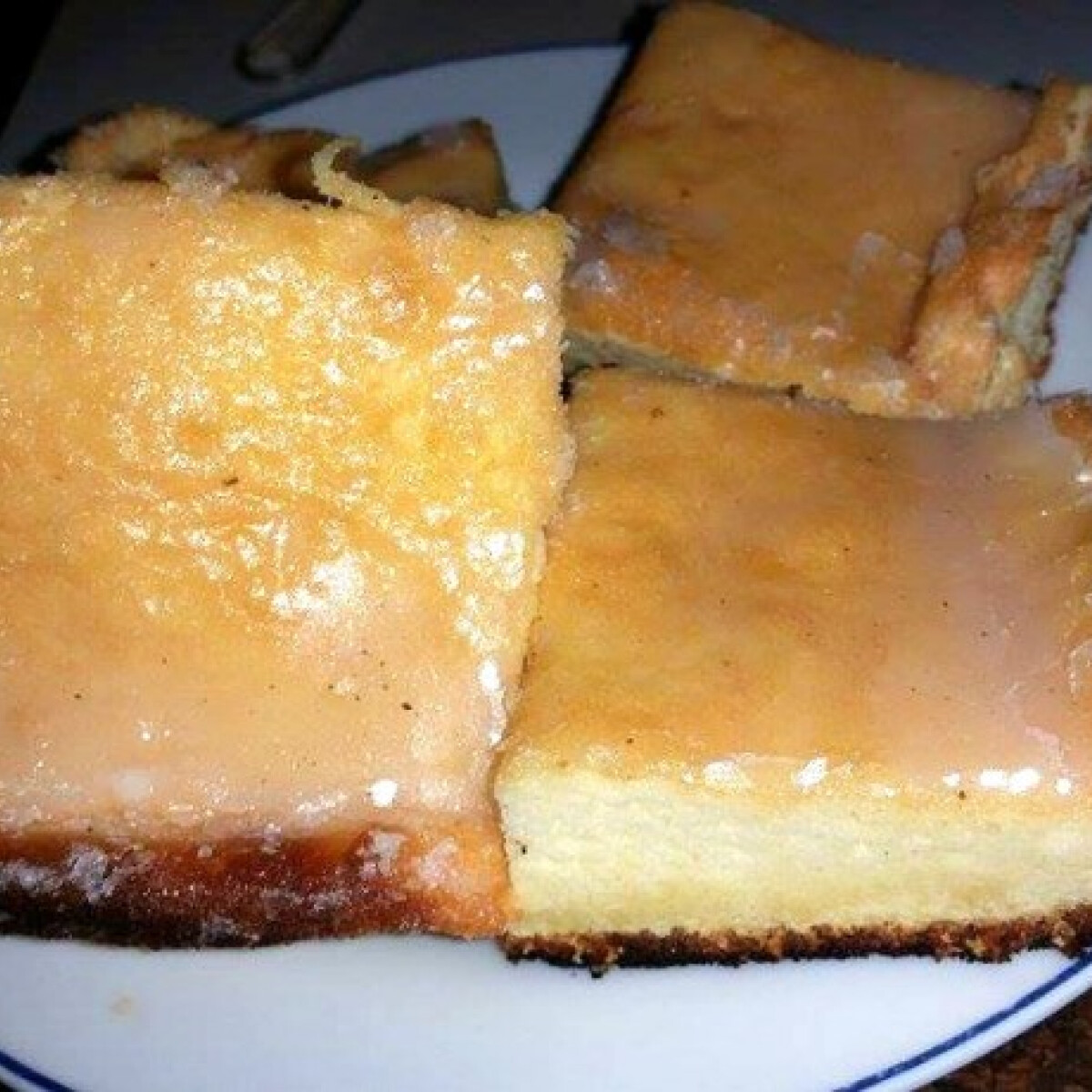 Ezen a képen: Citromos piskóta Linda konyhájából