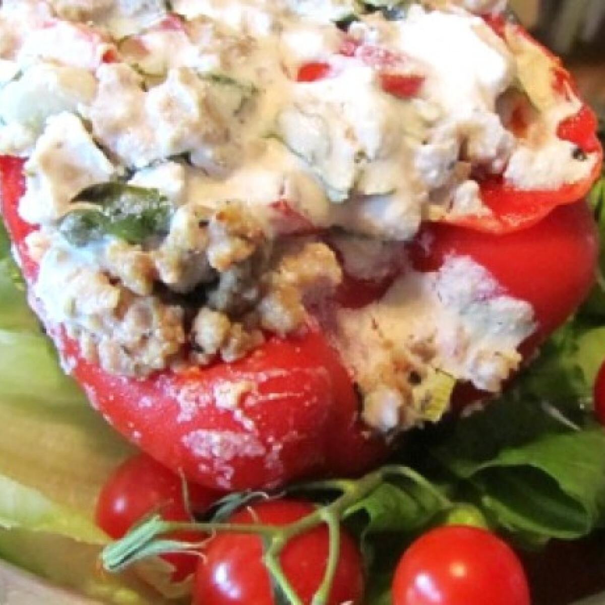 Ezen a képen: Töltött-sült paprika tenger konyhájából