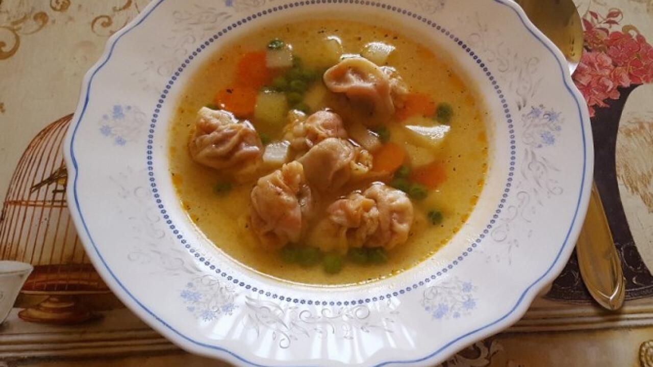 Szabolcsi kötött-tészta leves