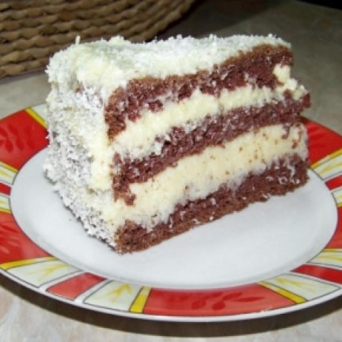 Ezen a képen: Kókusz- és vaníliakrémes torta