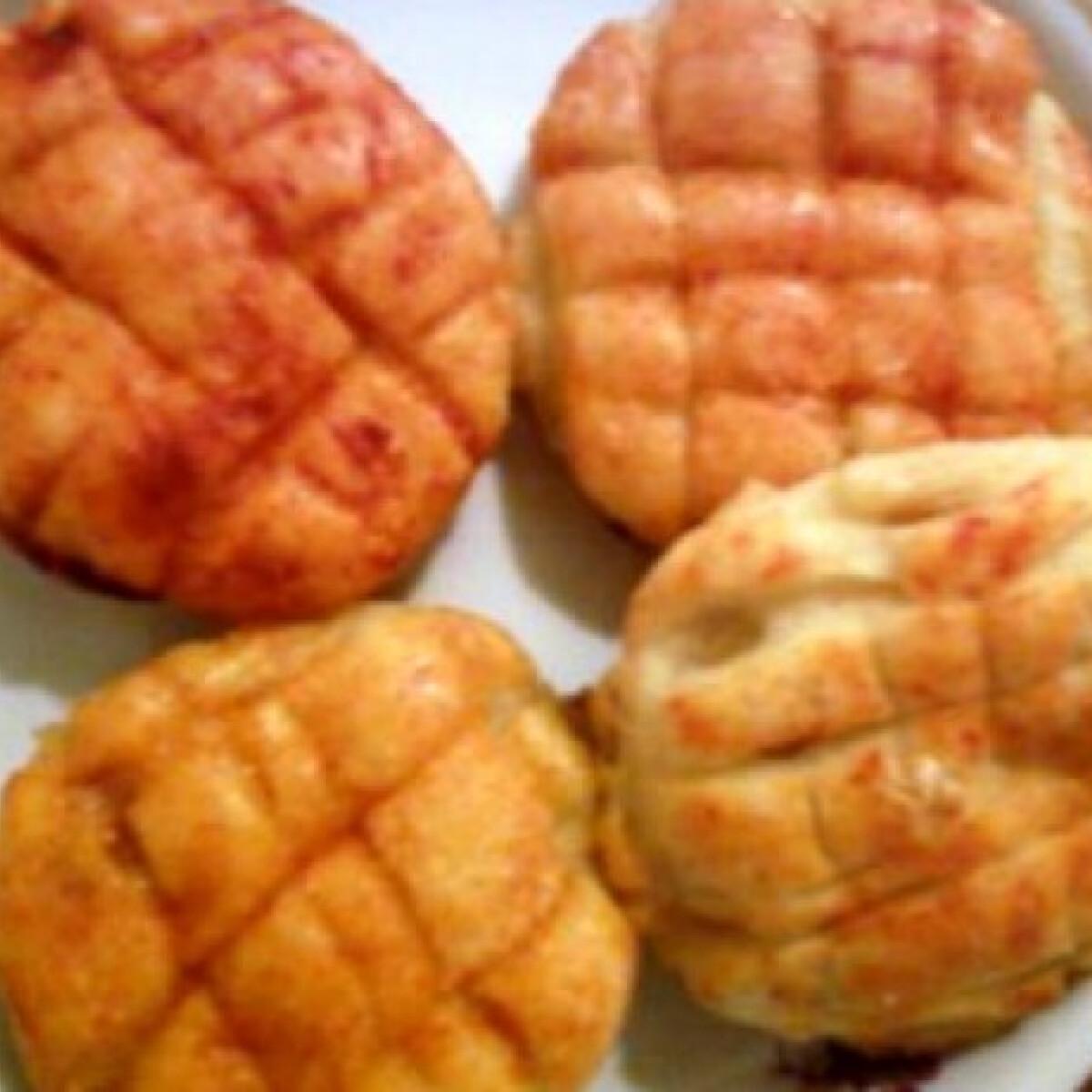 Hagymás-túrós-krumplis pogi