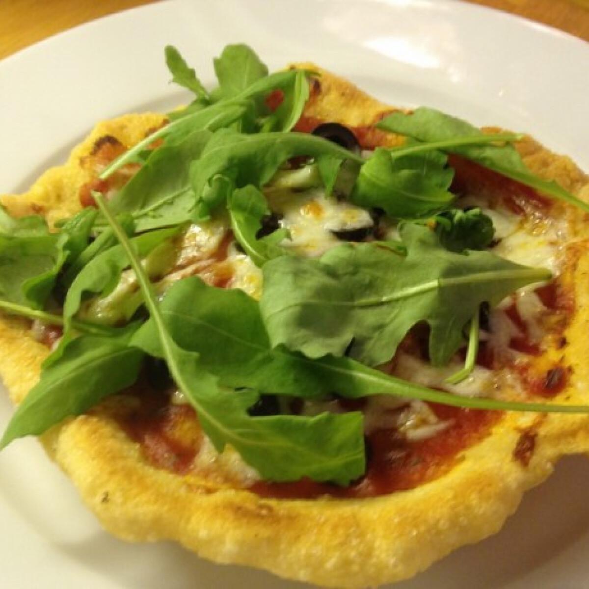 Ezen a képen: Pizza fritta