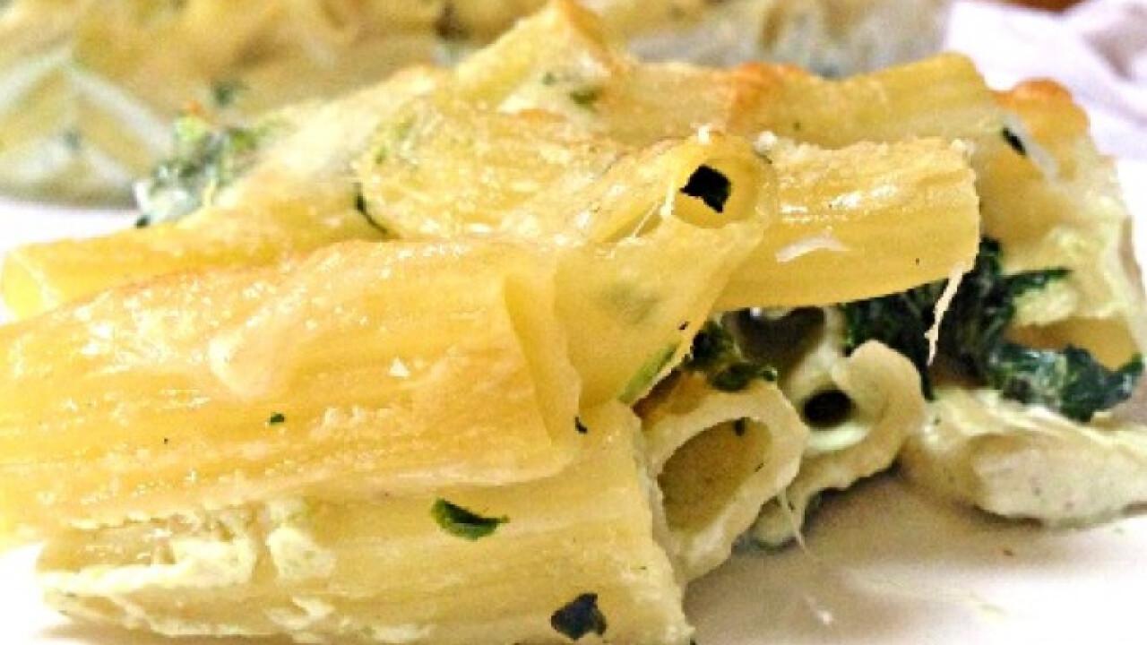 Spenótos-tejszínes-sajtos rigatoni