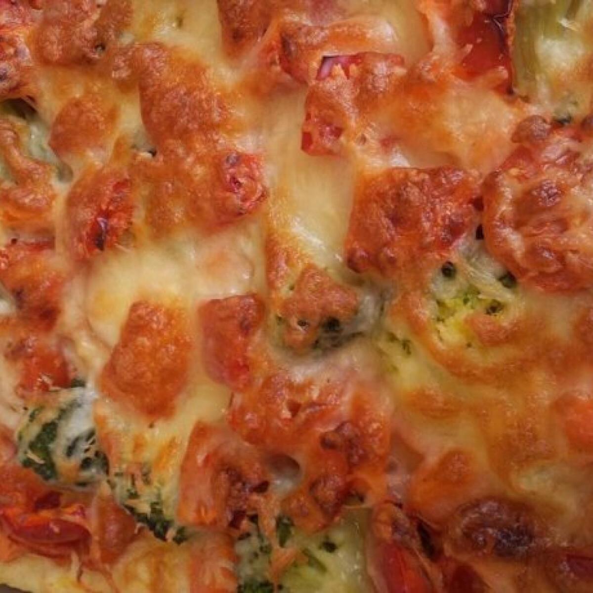 Ezen a képen: Zöldséges-sajtos sült burgonyapüré