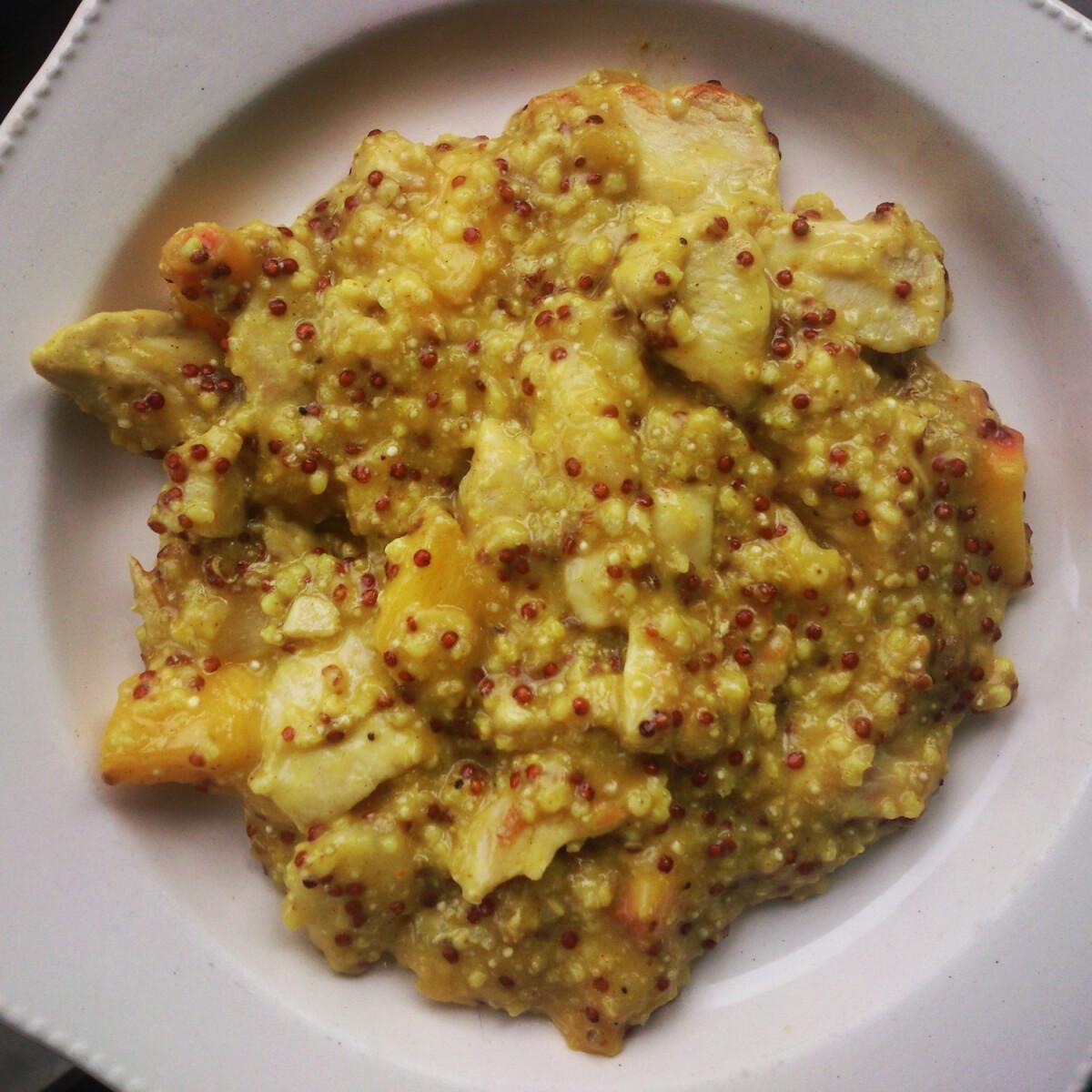 Curry-s csirkemell barackkal